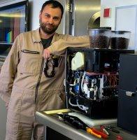 Течет, вода в поддоне в кофемашине ELECTROLUX